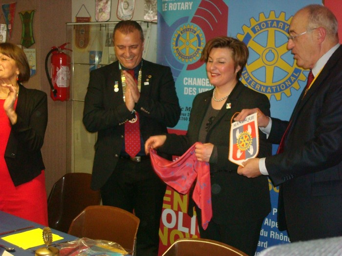 Intronisation de Cécile Decard nouvelle membre Rotary Club Manosque